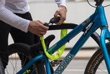 SP1NY-LOCKING-UP-BIKE-