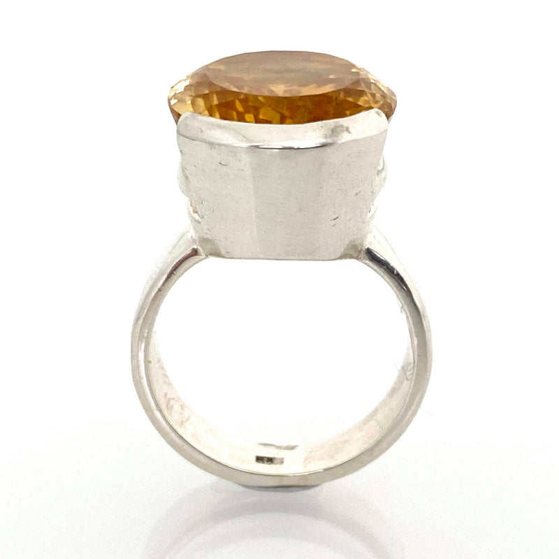 Classic  Oval  Citrine