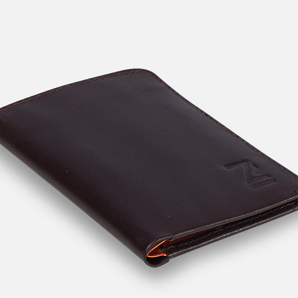 Zoomlite minimalist leather wallet, not too bulky