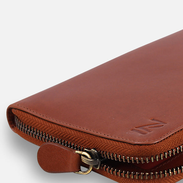 Zoomlite leather wallets are made from premium leather
