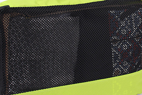 Breathable mesh panels in Packing cubes