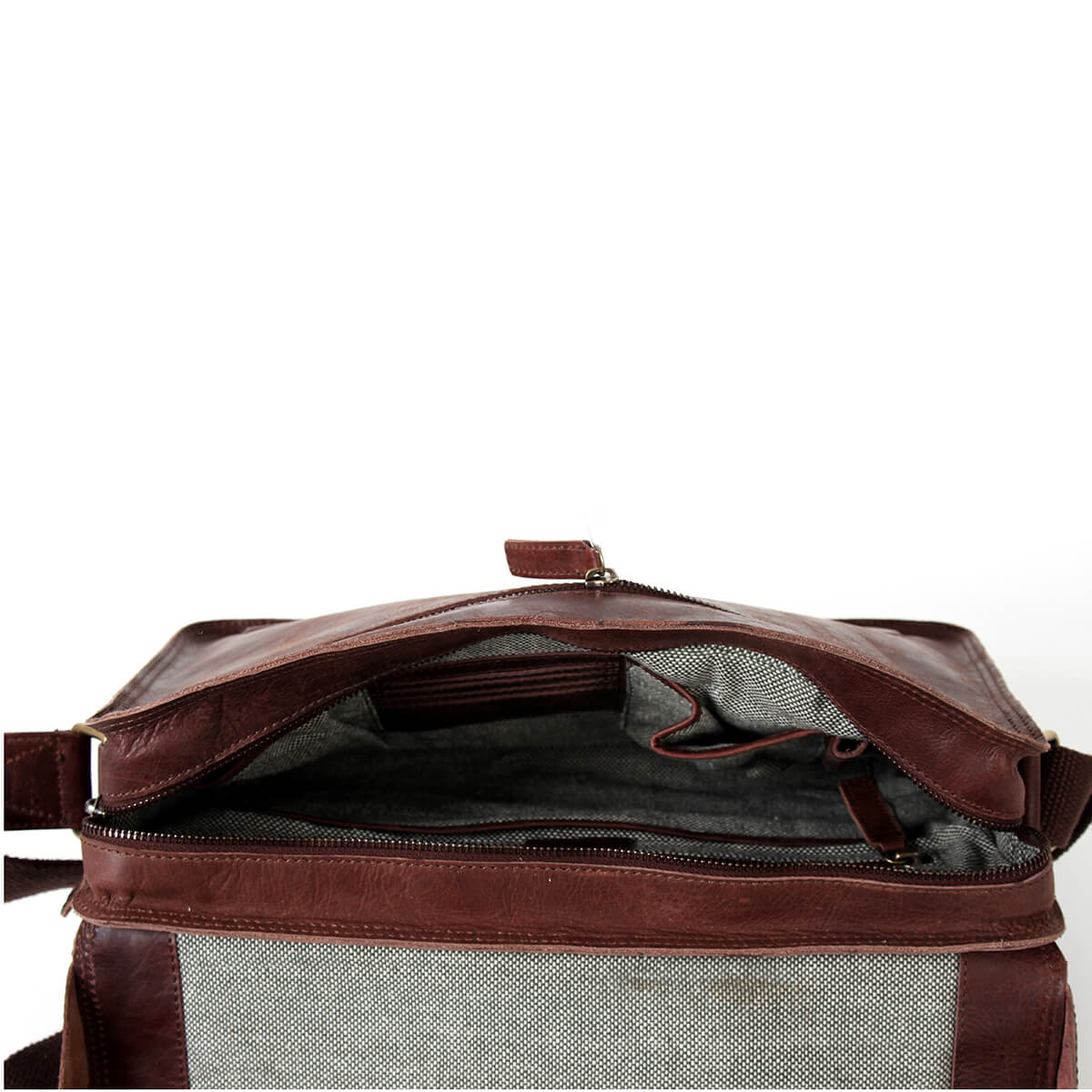 Cambridge Laptop Messenger Bag