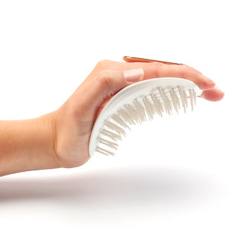 The Manta Hairbrush