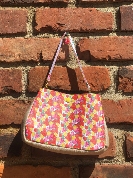 Tulips Baker Street Bag