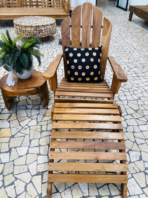 POOLSIDE TEAK LOUNGER