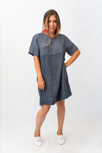 Relaxed Linen Shift Dress
