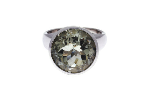 Silver Ring Rhodium Plated With Mint Quartz