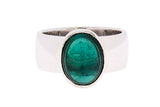 9ct Ring In White Gold With Cabochon Green Tourmaline