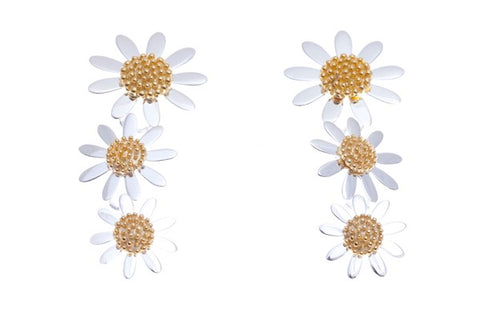 Silver Earrings With Daisies
