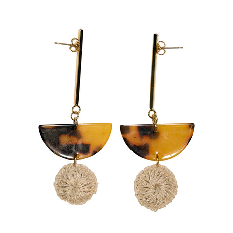 Bilum & Bilas Gold Geometric Earrings