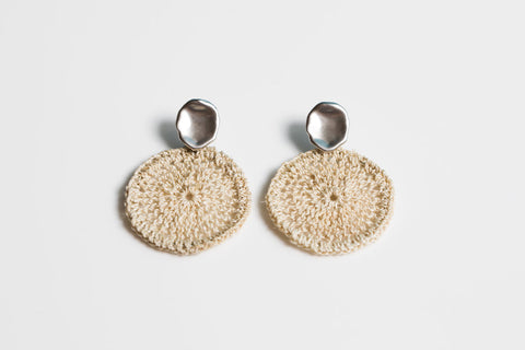 Bilum & Bilas Sowana Basket Silver Disc Earrings