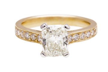 retangular_cushion_cut_dimond_ring_julescollins