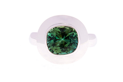 18ct Ring In White Gold With Green Tourmaline