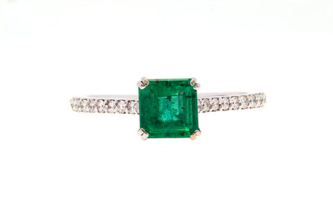 18ct Ring In White Gold With Natural Emerald And Diamonds