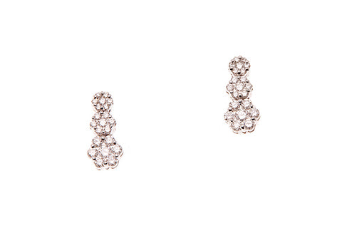 18ct Earrings In White Gold With Pave Diamond Clusters
