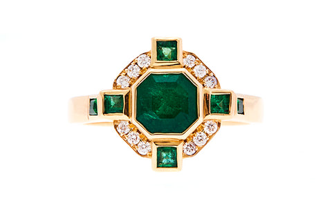 emerald_and_diamond_yellow_gold_ring