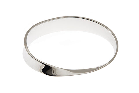 Silver Bangle With Concaved Twist Design