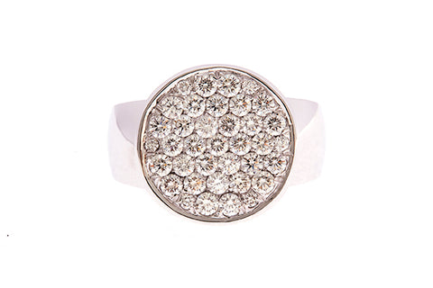 18ct Coin Ring In White Gold With Diamond Pave 0.70carats