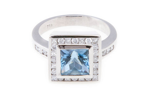 Aquamarine_diamond_halo_ring