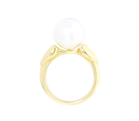 18ct Ring In Yellow Gold With South Sea Pearl