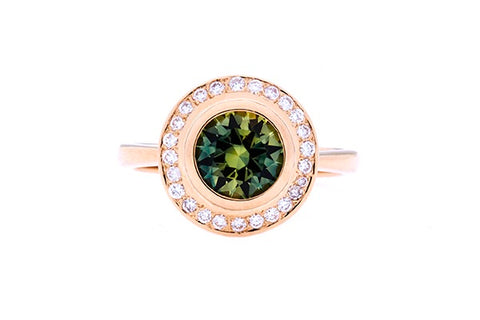 Ring In 18ct Yellow Gold With Parti Green Sapphire 1.78cts & Diamonds 0.23cts