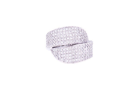 18ct Ring In White Gold Pave Diamond Crossover