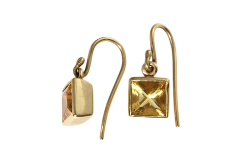 9ct Earrings In Yellow Gold With Faceted Square Citrine's