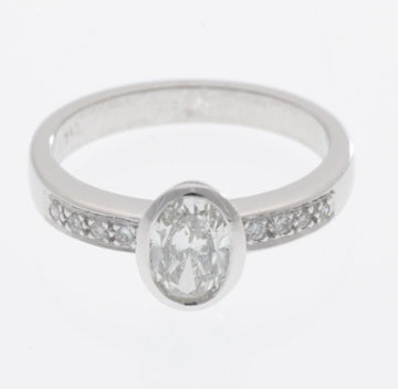 18ct_oval_diamond_&_diamond_band
