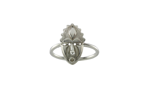 Silver Ring Sepik Mask PNG Design