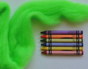 Highlighter Green Corriedale Wool Roving - 1 ounce
