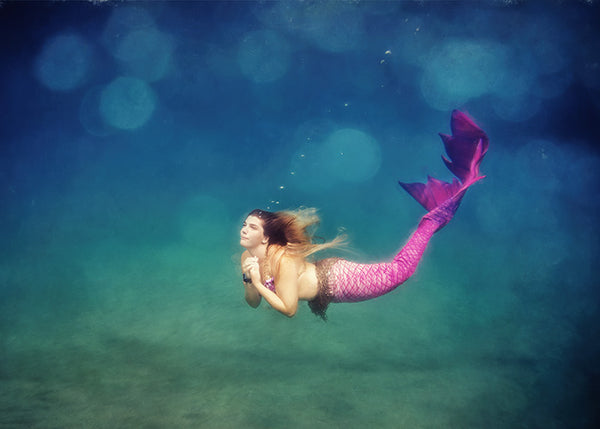 Fine Art Photography Underwater of Lila Jones