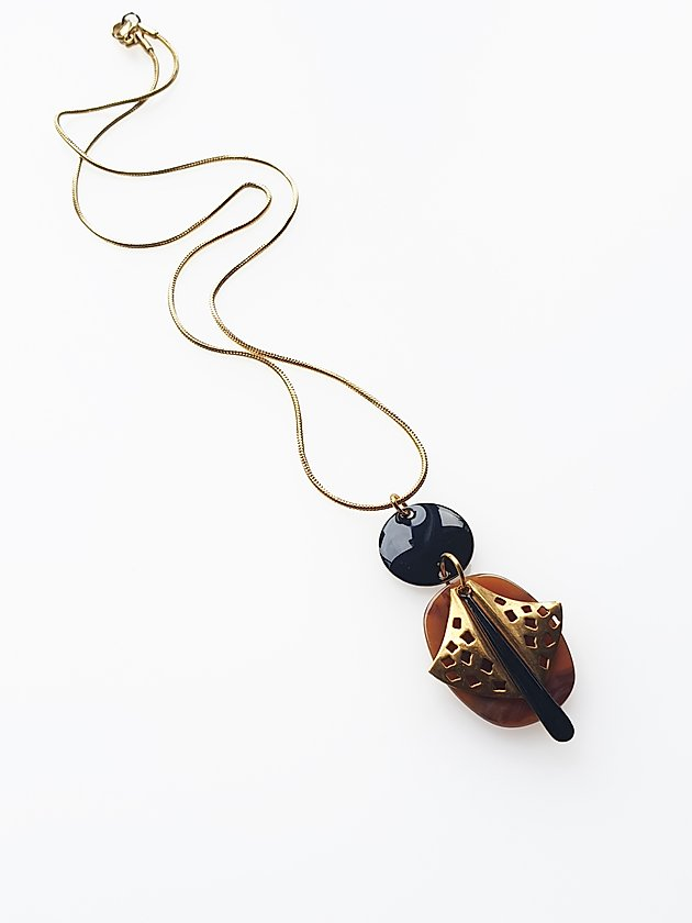 Vito Necklace | Black | Middlechild