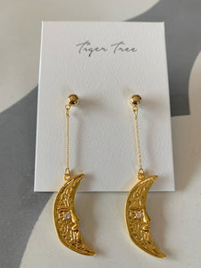 Gold Swinging Moon Earring | Tiger Tree