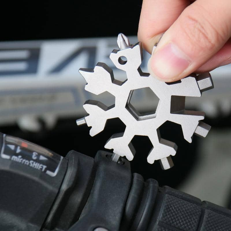 18-in-1 Stainless Steel Snowflakes Multi-tool