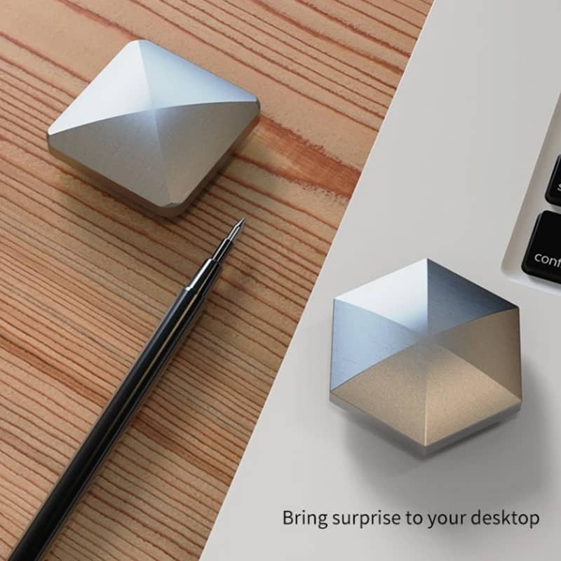 (50% OFF!!)(Factory Outlet)Desktop spinning top