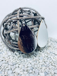 Large Cork Silver Metallic Teardrop