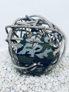 Small Grey Camo Leather Teardrop