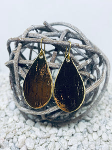 Small Cork Gold Metallic Teardrop
