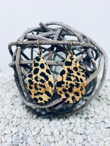 Small Cork Cheetah Teardrop