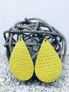 Large Yellow Triangle Textured Leather Teardrop