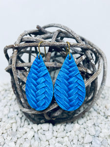 Small Bright Blue Braid Textured Leather Teardrop