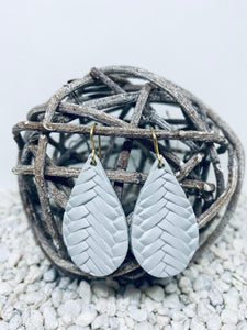Small Light Grey Braid Textured Leather Teardrop