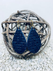 Small Navy Basketweave Textured Leather Teardrop