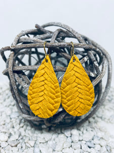 Small Mustard Braid Textured Leather Teardrop