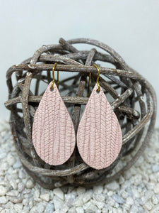 Small Pink Rope Textured Leather Teardrop