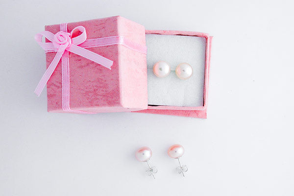 Fine Grade (FWP) Pearl (Natural) Earrings Peach Button with Sterling Silver