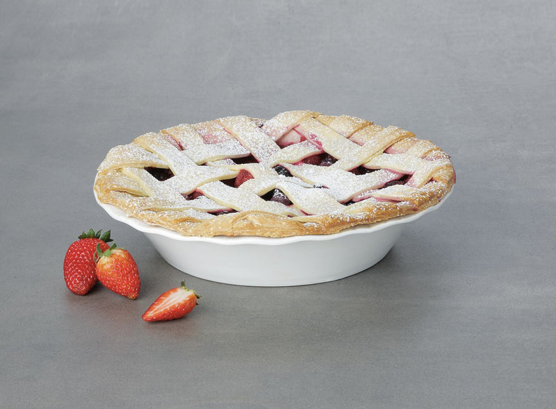 MW Epicurious Fluted Pie Dish 25x5cm White Gift Boxed AW0266