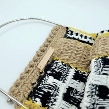 Load image into Gallery viewer, HAND KNITTED BAG - WASHI / JUTE / POLYETHYLENE - S 画像をギャラリービューアに読み込む, HAND KNITTED BAG - WASHI / JUTE / POLYETHYLENE - S