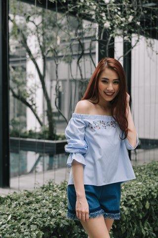 Alicia Tan in the Jacquelina Off Shoulder Long Sleeves Top with Floral Embroidery in Pinstripes