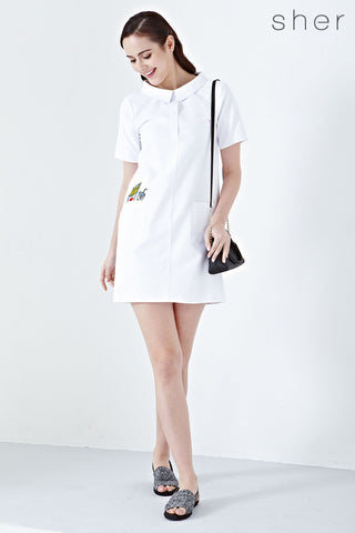 Twenty3 - Anisleigh Wide Collar Shift Dress with Patches in White -  - Dresses - 1